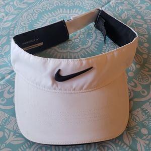 Nike Unisex Golf Visor